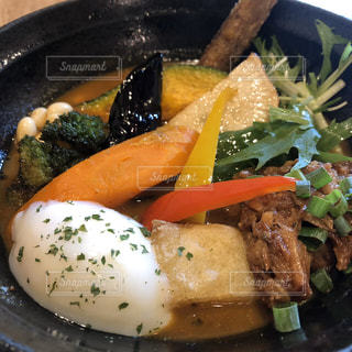 鎌倉の有機野菜を使ったスープカレーの写真・画像素材[3090147]
