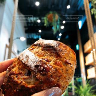 とびっきり美味しい地元のパン屋さんの写真・画像素材[3090148]