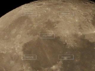 じっくり月面の写真・画像素材[2059808]