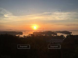 日の出と雲海の写真・画像素材[1946434]