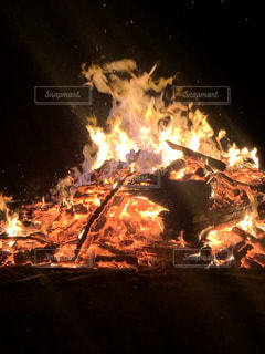 美しい炎の写真・画像素材[2097399]