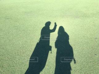 2人の影の写真・画像素材[1914199]