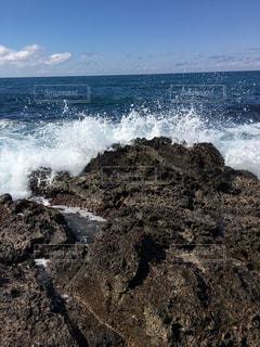 海の隣の水域の写真・画像素材[2094737]