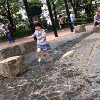 子どもの写真・画像素材[72282]