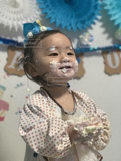 初めてのケーキの写真・画像素材[2785017]