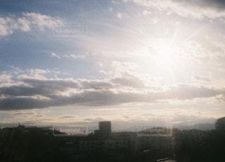 この空を令和といえば令和になるのだろうの写真・画像素材[2076682]