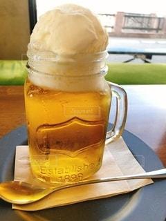 クリームビールの写真・画像素材[2751492]