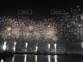 海の花火大会の写真・画像素材[1907701]