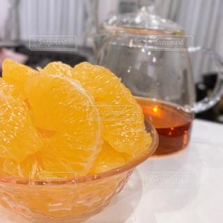 オレンジでティータイムの写真・画像素材[1901228]