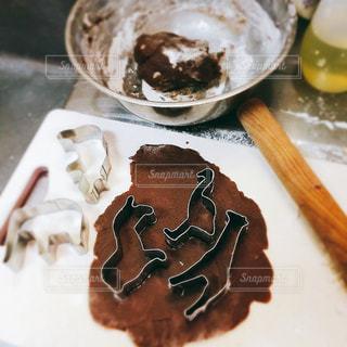 深夜のクッキー作りの写真・画像素材[1946067]