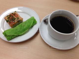 イスラム教のハラール。コーヒーとお茶菓子の写真・画像素材[2239477]