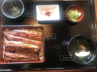 うな重、肝のお吸い物、鯉の洗い、美味しかった~の写真・画像素材[2371561]