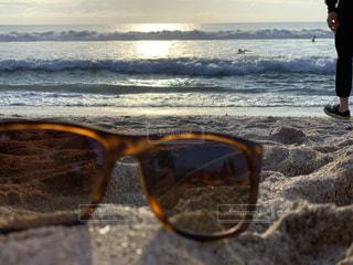 ビーチにはサングラスの写真・画像素材[1888869]