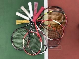 仲間とテニスの写真・画像素材[1942315]