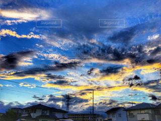 空の雲の群の写真・画像素材[2702339]