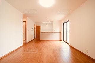 硬い木製の床の眺めの写真・画像素材[2333715]