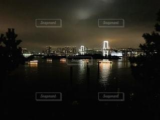 水域に架かる橋の写真・画像素材[2765926]