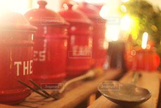 並べられた缶の写真・画像素材[1897960]