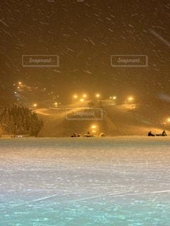 雪の降るゲレンデの写真・画像素材[1914574]