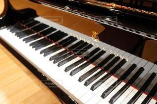 スタインウェイのピアノの写真・画像素材[85378]
