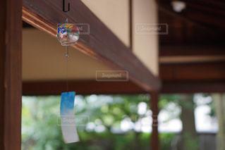 縁側の風鈴の写真・画像素材[647104]