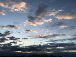 日の出の写真・画像素材[2842041]
