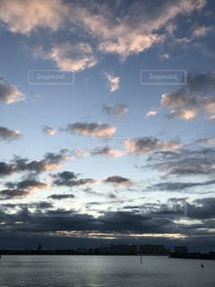 日の出の写真・画像素材[2842042]