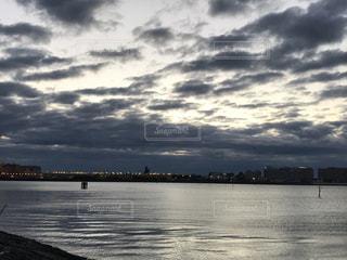 日の出の写真・画像素材[2842050]