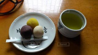 団子とお茶の写真・画像素材[975955]