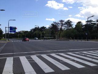 街の通りに信号機の写真・画像素材[976774]