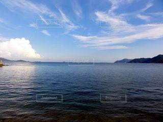 水の大きな体の写真・画像素材[976796]