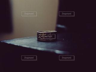 お気に入りの指輪の写真・画像素材[3012415]