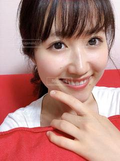微笑む彼女の写真・画像素材[2251634]
