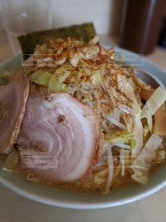 食べ物の皿のクローズアップの写真・画像素材[3174449]