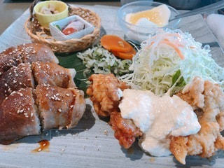 食べ物の皿の写真・画像素材[3409358]