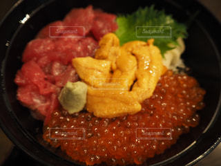 贅沢な海鮮丼の写真・画像素材[1932426]