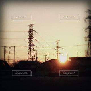 セピア色の鉄塔の写真・画像素材[1985019]