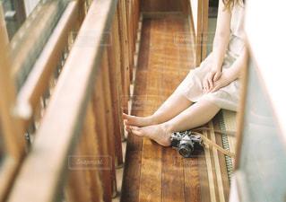 休憩する女の子の写真・画像素材[3218991]