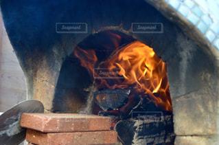 石造りの暖炉の写真・画像素材[2082420]