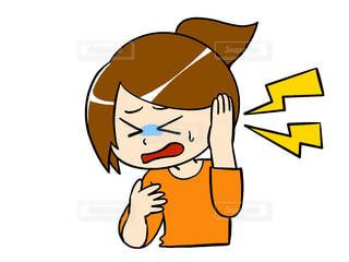 耳 痛い 女性の写真・画像素材[3036604]