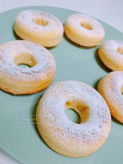 ドーナツケーキの写真・画像素材[1922997]