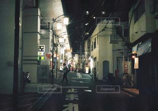 街の通りのビューの写真・画像素材[1936834]