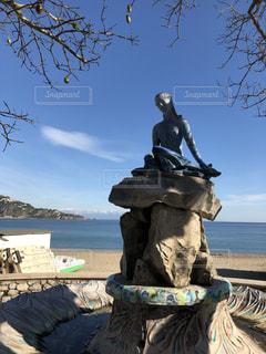 海沿いの像の写真・画像素材[1932301]