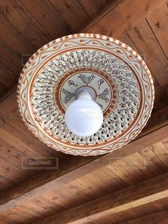 陶磁器製のランプ笠の写真・画像素材[1934054]