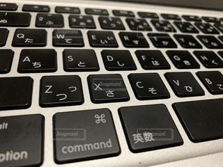 ノートパソコンのキーボードの写真・画像素材[1933903]