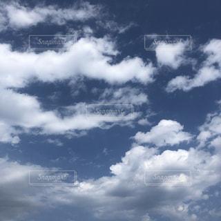空の写真・画像素材[2084970]