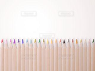 カラフルな色鉛筆の写真・画像素材[2269042]