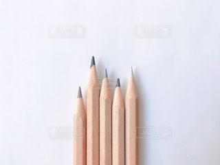 グレー系の色鉛筆の写真・画像素材[2270996]