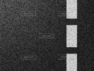 アスファルトのテクスチャの写真・画像素材[2273201]