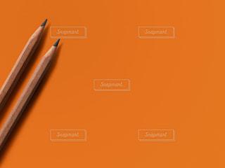 2本の鉛筆の写真・画像素材[2292003]